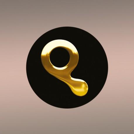"""Badge """"Q"""""""